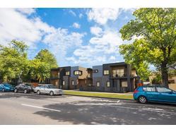 3 TOWNHOUSES VIC St Kilda Boulevard - St Kilda  | gproperty